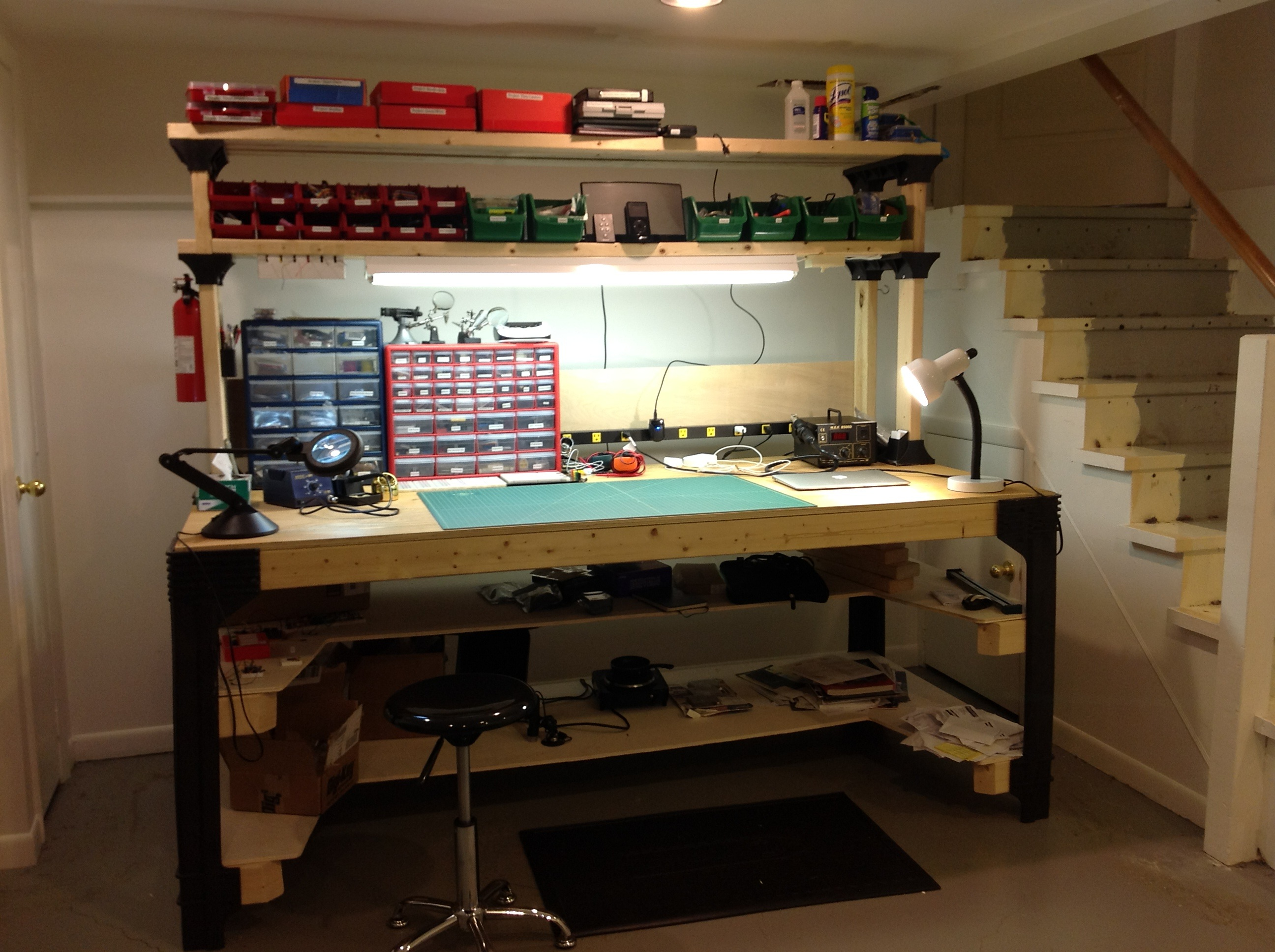 Electronic Workbench Plans Free DIY How To Make
